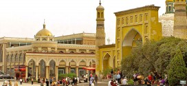 Kashgar-The city is said to have the largest bazaar in Asia.